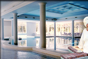 images/alberghi/abano_grand_hotel/piscina_int_o.jpg